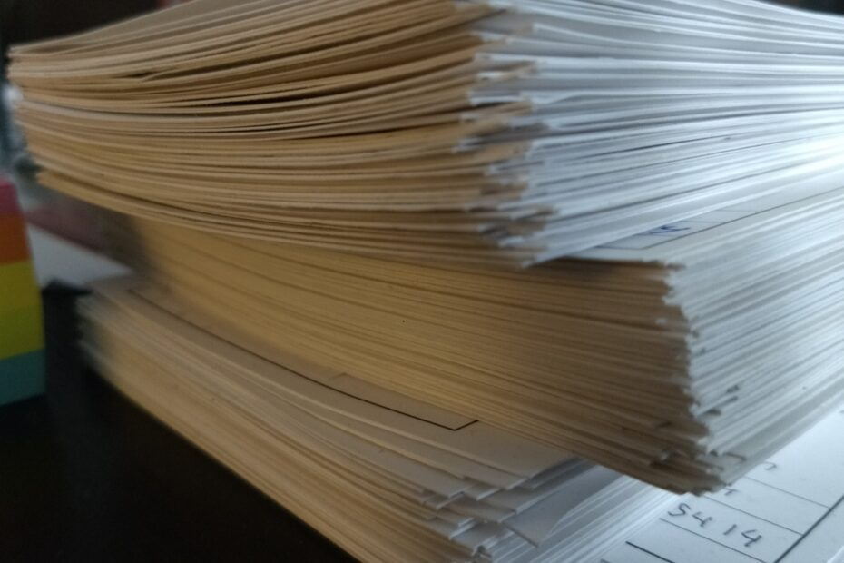 Pile of comment cards supporting Option 1